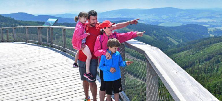 Objevte Dolní Moravu: Na Králický Sněžník vedou čtyři cesty, dolů rovnou pět