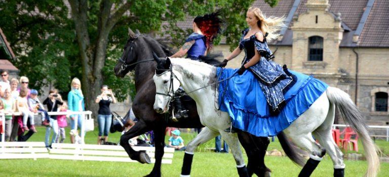 Hluboká nad Vltavou chystá Koňské slavnosti. Už tuto sobotu!