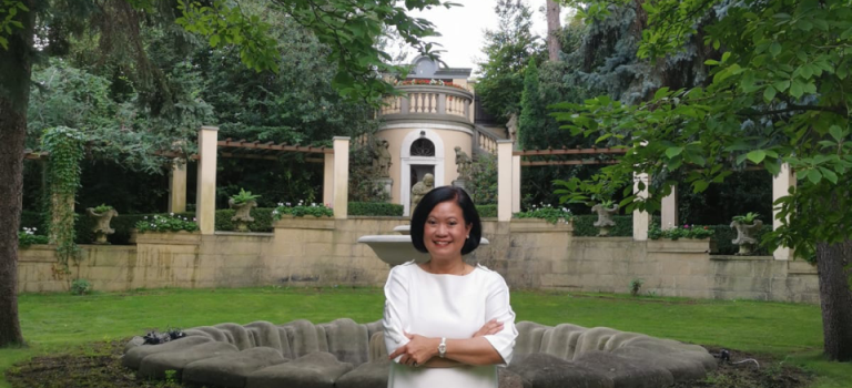 Zahrady thajského velvyslanectví se poprvé otevřou veřejnosti. Přijďte na dobré jídlo i živou hudbu