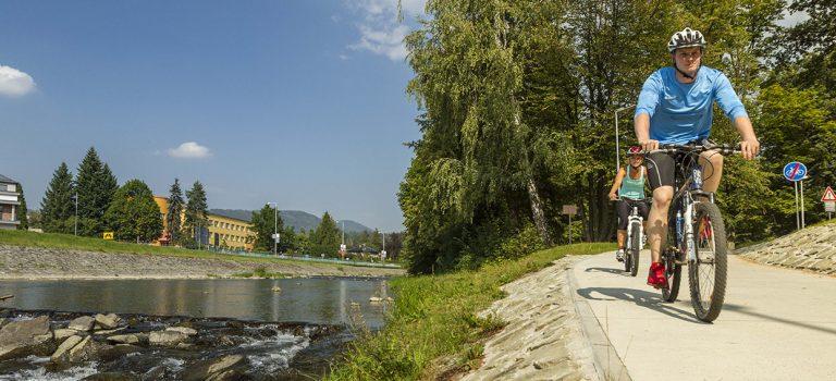 Podzim na Východní Moravě láká k vyjížďkám na kole, třeba na vinařské cyklostezce