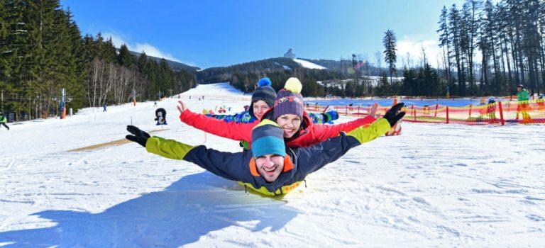 Užijte si zimní prázdniny plné sněhu s lyžováním i wellness! Dolní Morava je ideálním místem