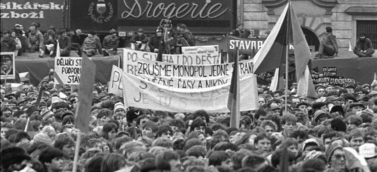 Co se dělo v Plzni v listopadu 1989? To připomene unikátní výstava