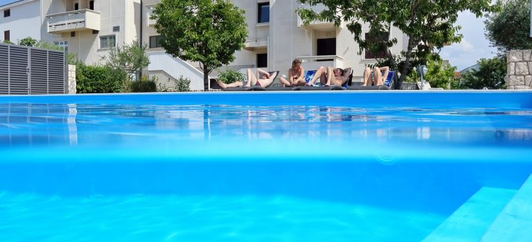 Do Chorvatska jen s rezervací ubytování