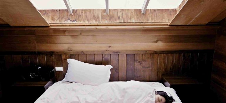 Nespí se vám vzimě dobře? Možná máte špatnou přikrývku