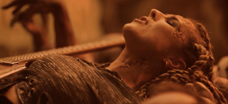 Velká trilogy od Electric Lady přichází s finální písní rockového projektu